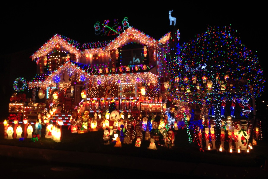 Dont be a grinch when it comes to holiday lights energy institute so go forth and enjoy your holiday lights crank up the frosty the snowman and enjoy this holiday season with your family and friends we will be back next solutioingenieria Gallery